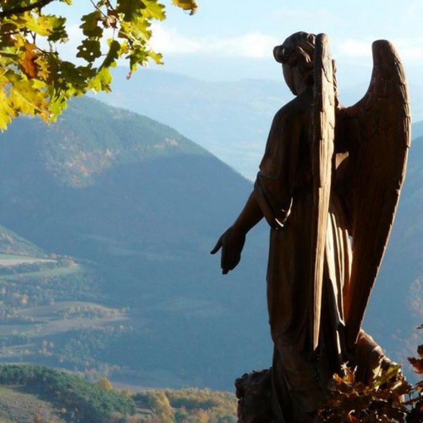 Anges et démons à Notre dame du Laus