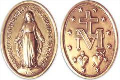 La Médaille Miraculeuse en recto et verso avec les étoiles, le M, la croix et les deux coeurs, ainsi que la Vierge aux rayons et la belle prière